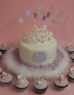 princess cake! like the idea of the cupcakes instead of a large cake for guests