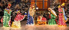 Les crèches en lumière pour illuminer les extérieurs et vivre pleinement l'esprit de Noël