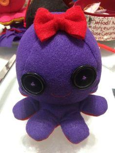 Octopus Plushie (free pattern)