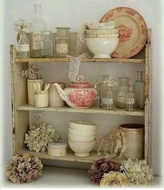 9 Simple and Ridiculous Tips Can Change Your Life: Shabby Chic Wardrobe Colour shabby chic mirror bathroom.Shabby Chic Mirror Grey shabby chic table entry ways. Shabby Chic Mode, Cocina Shabby Chic, Muebles Shabby Chic, Casas Shabby Chic, Shabby Chic Wardrobe, Shabby Chic Living Room, Shabby Chic Cottage, Shabby Chic Style, Shabby Chic Furniture