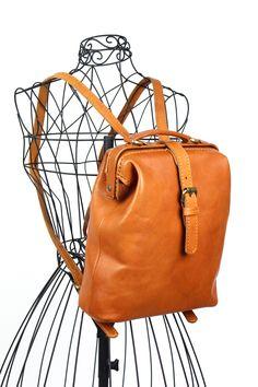 mezzo(メゾ)DOCTOR'Sリュック Made in インドネシアのハンドメイドバッグ。革、バスケットや帆布などの天然素材にこだわったナチュラルテイストなバッグブランドです。