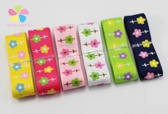 Aliexpress.com : Buy 22mm Multi colors option Flower Printed Grosgrain Ribbon Packing Tape DIY Hair Bow & Sewing Accessories 5y/6y 040054223 from Reliable bow ear suppliers on Lucia Craft store Diy Hair Bows, Diy Bow, Cheap Ribbon, Ribbon Storage, Cute Headbands, Sewing Trim, Sewing Accessories, Pretty And Cute, Grosgrain Ribbon