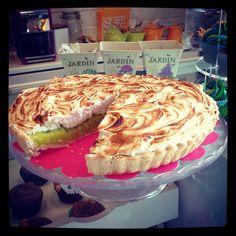 Lime merengue pie