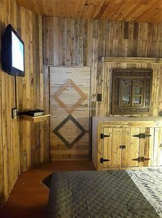 If anyone loves wood for the interior of the home, then this shown idea of wood powered room is the best. You can see everything, even the door of recycled wooden pallet; which is looking amazing with the wooden floor and the walls.