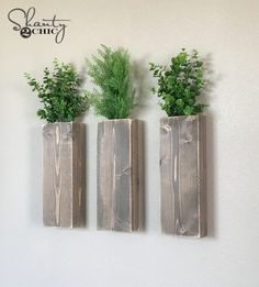 DIY Modern Farmhouse Wall Planters - Shanty 2 Chic Start building amazing sheds the easier way with a collection of shed plans! Diy Wood Planters, Diy Wall Planter, Vertical Wall Planters, Planter Pots, Modern Planters, Succulent Planters, Concrete Planters, Hanging Planters, Succulents Garden