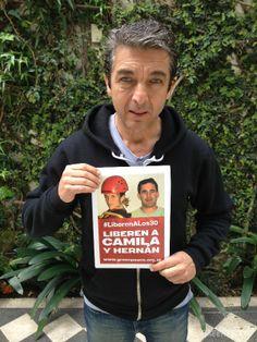 Ricardo Darín mostró su apoyo para Camila, Hernán y los 28 detenidos en Rusia. © Greenpeace / Martin Katz