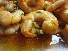 Easy Gambas al Ajillo (Shrimp in Garlic) is one of the most common tapas of Spain, this dish is quick, easy and full of garlic flavor. ♥ All About Foods Court