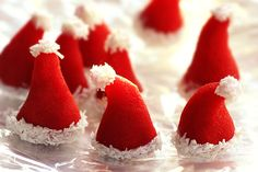 Ooh could make these out of marzipan Christmas Cake Decorations, Christmas Cupcakes, Christmas Candy, Christmas Treats, Christmas Baking, Xmas, How To Make Marzipan, Marzipan Fruit, Santa Cake