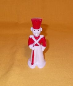 Here is a vintage hard plastic Christmas Soldier lollipop holder from Rosbro Rosen Candy Co. Approx. 4  tall and is in very nice condition. Please feel free to email me with any questions. Winner pays