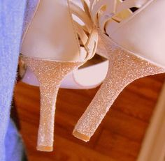 Juliana Valentim: CUSTOMIZAR - Sapatos velhos em novos