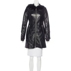 Pre-owned Prada Sport Patent Shearling Coat ($625) ❤ liked on Polyvore featuring outerwear, coats, black, patent coat, patent leather coat, shearling coat, prada sport and sheep fur coat