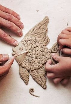 Most up-to-date Photo Slab pottery animals Thoughts . Clay Art Projects, Ceramics Projects, Sculpture Projects, Ceramics Ideas, Sculpture Ideas, Slab Pottery, Ceramic Pottery, Diy Clay, Clay Crafts