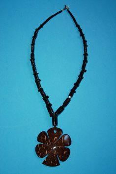 @BlackCoral4you Black Coral, Coconut and Sterling Silver / Coral Negro, Coco y Plata de Ley  http://blackcoral4you.wordpress.com/