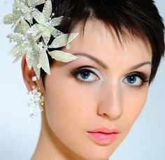 Wedding Hairstyles for Short Hair, so many ideas for styling - http://helenglavin.com/wedding-hairstyles-for-short-hair-so-many-ideas-for-styling/590