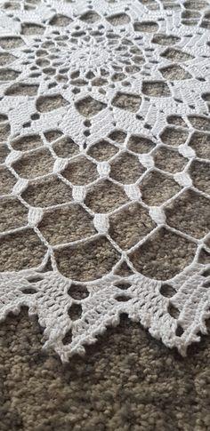 Crochet Gratis, Knit Or Crochet, Crochet Stitches, Crochet Patterns, Crochet Mandala, Crochet Tablecloth, Dream Catcher, Knitting, Handmade