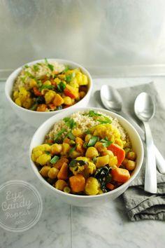 20 min cauliflower, chickpea and coconut milk curry (vegan).