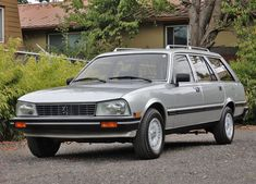 Peugeot 505 S Wagon (1985) Maintenance/restoration of old/vintage vehicles: the material for new cogs/casters/gears/pads could be cast polyamide which I (Cast polyamide) can produce. My contact: tatjana.alic@windowslive.com