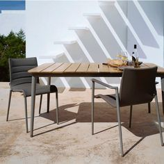 Core Dining Chair by Cane-Line Versatile and practical, the Core Dining Chair, Set of 2 combines the comfort of indoor furniture with the robustness of outdoor materials. Modern Outdoor Dining Chairs, Contemporary Outdoor Furniture, Comfortable Dining Chairs, Outdoor Living, Dining Arm Chair, Table And Chairs, Side Chairs, Dining Table, Deck Furniture
