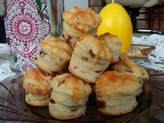 kacsazsiros-lilahagymas-baconos-pogacsa Hungarian Recipes, Hungarian Food, Bacon, Food And Drink, Dessert Recipes, Health Fitness, Favorite Recipes, Sweets, Bread
