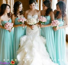 wedding dress, bridesmaid dress, photo tiffany blue bridesmaids with pink bouquets. Pretty wedding dress too! Love this color scheme and the dresses! Simple Bridesmaid Dresses, Pretty Wedding Dresses, Wedding Gowns, Turquoise Bridesmaid Dresses, Bridesmaid Bouquet, Wedding Bride, Rustic Wedding, Wedding Rings, Blue Wedding