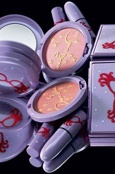 MAC Cosmetics Dame Edna 2008