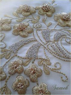 Beginners Silk Ribbon Embroidery Designs Embroidery Designs On Clothes. Zardosi Embroidery, Tambour Embroidery, Floral Embroidery Patterns, Couture Embroidery, Silk Ribbon Embroidery, Hand Embroidery Designs, Beaded Embroidery, Embroidery Stitches, Tambour Beading