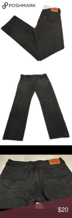 Men's levis 501  black jeans. Size: 36x36 Men's levis black 501 fit jeans. Size: 36x36 Levi's Jeans