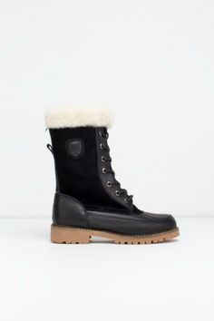 Boden Winter Boots in Black by Rudsak