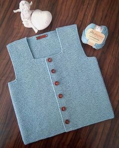 Another order of Canan Hanım was completed and it was knitted with fibranatura brand rope which is 1 Baby Cardigan, Baby Pullover, Knit Vest, Baby Sweater Knitting Pattern, Baby Knitting Patterns, Baby Patterns, Half Sweater, Kids Poncho, Baby Kind