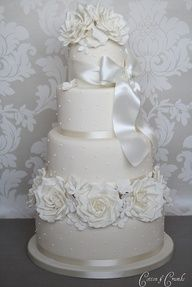 Mas ideas bodasnovias.com   More ideas bodasnovias.com   Mais idéias bodasnovias.com #CasarCasar #bodas #weddings #casamentos #casamientos