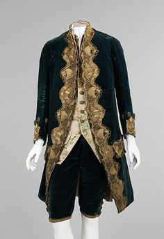Suit (image 1) | Italian | 1740-60 | silk, metal, cotton, linen | Brooklyn Museum Costume Collection at The Metropolitan Museum of Art | Accession Number: 2009.300.2480a–d