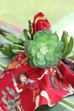 Dica Para Uma Linda Mesa: Porta Guardanapo com Tema Floral Super em alta, uma mesa bem posta para receber a família ou amigos faz toda a diferença! O toque de hoje vai para o porta guardanapo, com o tema floral. Coloridas, vibrantes e tudo a ver com nossa cultura, as flores ficam lindíssimas na decoração. […]