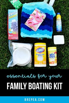 Exactly what essentials you should pack to create your own DIY family boat kit! Great just in case of emergency while you're out boating with kids. Pontoon Boat Accessories, Boating Accessories, E Boat, Boat Bag, Boating Tips, Boating Fun, Family Boats, Build Your Own Boat, Boat Kits
