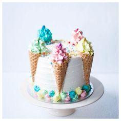 Ice Cream Cone Cake, Ice Cream Birthday Cake, Ice Cream Theme, Ice Cream Party, 4th Birthday Cakes, Melting Ice Cream Cake, 1st Birthday Cake Designs, Ice Cream Decorations, Summer Cakes