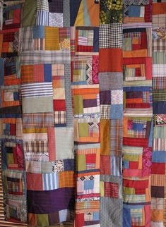 fun improv patchwork. I just love quilts like this, beautiful in their randomness