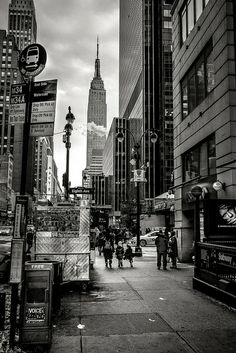 34th & 8th by Alexandre Ponsin