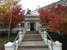 Esta es la entrada a California College of Ayurveda.
