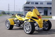 GG Quadster. http://gg-technik.ch/eng/quad/0495439a180a12304/0495439a180a5f418/0495439a180bf6e4d/index.html and/or http://ggquad.com/ and/or http://gg-quads.eu/html/gg_quad_gg_quadster.html