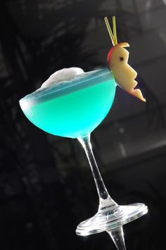 Turquoise Blue Cocktail Recipe