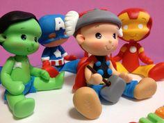 Topo de bolo Super herois Hulk Superhero, Superhero Party, Polymer Clay Creations, Polymer Clay Crafts, Polymer Clay Disney, Ironman, Fondant Figures, Clay Dolls, Love Craft