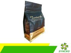 BOLSAS PARA EMPAQUE. El mejor café del mercado se comercializa en empaques flexibles de Syncro, ya que solamente nosotros contamos con la tecnología más avanzada para fabricarlos y colocarles las estructuras de barreras necesarias para mantener este tipo de productos en óptimas condiciones, independientemente de que sea en grano, soluble o para cafetera. Le invitamos a conocer la información detallada, a través de nuestra página en internet www.syncrousa.com.  #bolsasparaempaques Pouch, Coffee, Drinks, Internet, Up, Coffee Percolator, Innovative Products, Parts Of The Mass, Bags