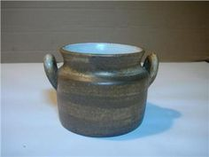 Köp & sälj begagnat & second hand online Second Hand Online, Vase, Mugs, Tableware, Home Decor, Dinnerware, Decoration Home, Room Decor, Tumblers