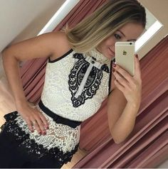 Vestido de Renda Preto Decote V - Compre Online | DMS Boutique