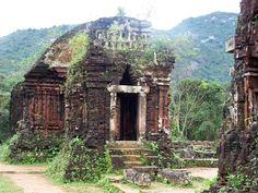 Ancient Temples of the World | Vietnam´s My Son temples are listed as a UNESCO World Heritage site ...