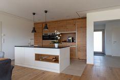 moderne Küche erstellt von unseren Hartltischlern Open Plan Kitchen Living Room, Kitchenette, House Plans, Decoration, Sweet Home, New Homes, Interior, Inspiration, Furniture