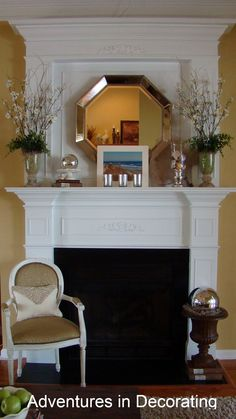 Nice summer mantel, love the symetrical vases - Decor Design Mirror Over Fireplace, Fireplace Mantle, Fireplace Surrounds, Fireplace Design, Fireplace Ideas, Summer Mantle Decor, Savvy Southern Style, Beautiful Living Rooms, Vases Decor