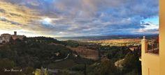Guardando questo panorama cosa vi viene in mente?? Photo by Maico Martucci.  #galleryhotelrecanati #ghr #destinazionemarche #italy