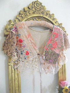 RESERVED Part Payment 1920's Style Capelet por AllThingsPretty