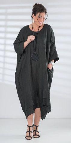 Box 2 black linen dress and necklace Caftan Dress, Kaftan, I Dress, Boho Fashion, Girl Fashion, Fashion Dresses, Womens Fashion, Fashion Design, Long Linen Dresses