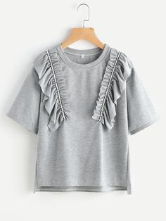 Shop High Low Slub Tee With Exaggerated Frill online. SheIn offers High Low Slub Tee With Exaggerated Frill & more to fit your fashionable needs. School Fashion, Diy Fashion, Love Fashion, Fashion Outfits, Fashion Design, Kids Outfits, Casual Outfits, Cute Outfits, Modelos Plus Size